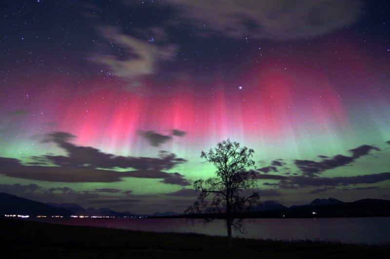 Polarna svetlost - Page 6 Aurora-borealis